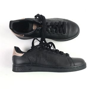 Adidas Black Shoes B5813098